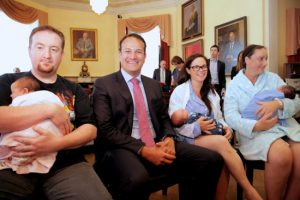 Pictured from left are Chris Cassidy with baby Robyn, Social Protection Minister Leo Varadkar, Theresa Scott with baby Dan and Catherine Roche with baby Amy.